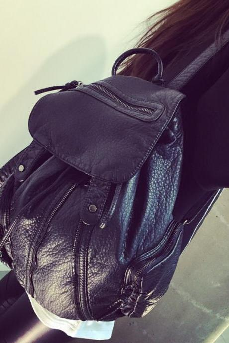 Black Leather Packsack Women Bag B004