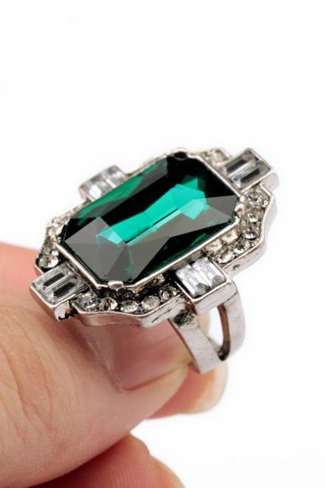 Finger Ring Crystal Emerald Rings For Women Girlfriend Gift R001